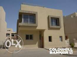 Villa located in 6 October for sale 371 m2, 3 bathrooms, 3 bedrooms, P