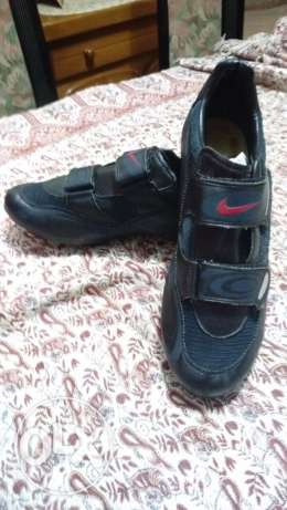 cycling shoes حذاء للدراجة