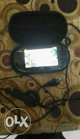 Ps vita used like new with box