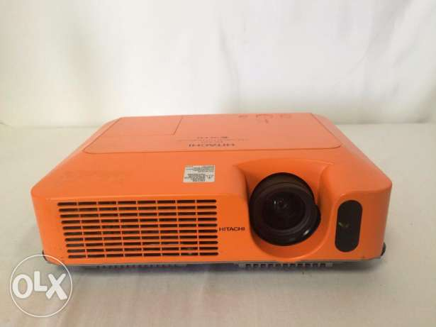 بروجيكتور 240 ساعه عمل Projector HITACHI ED-X10 Multimedia 3LCD