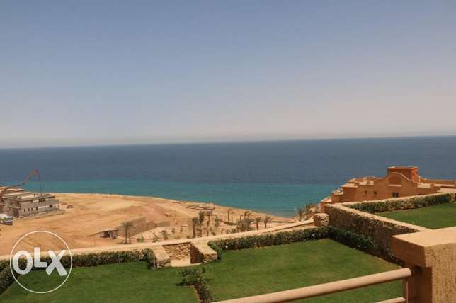 twin House For sale in Telal El sokhna 180m Prime location
