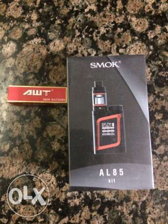 smok al85w sealed with awt battery ( black in red )
