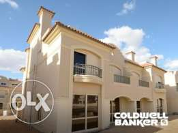 Twin-house located in 6 October for sale 225 m2, 3 bathrooms, 3 bedroo