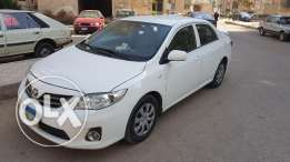 Toyota Corolla 2013 ( Made in Japan ) .