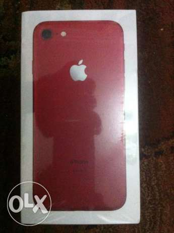 IPhone 7متبرشم ضمان سنتين / color:Red / 128 giga / facetime / zero