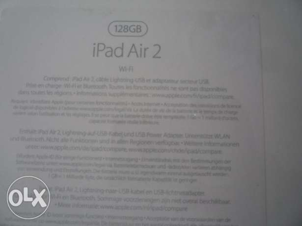 (3) I PAD AIR 2 sealed