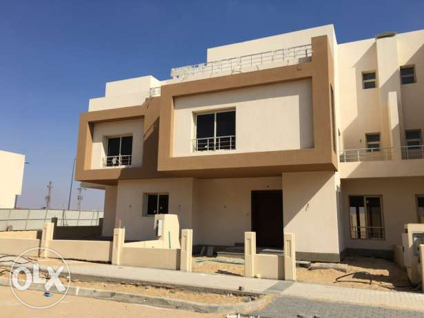 Twin House For Sale at Grand Heights الشيخ زايد -  1
