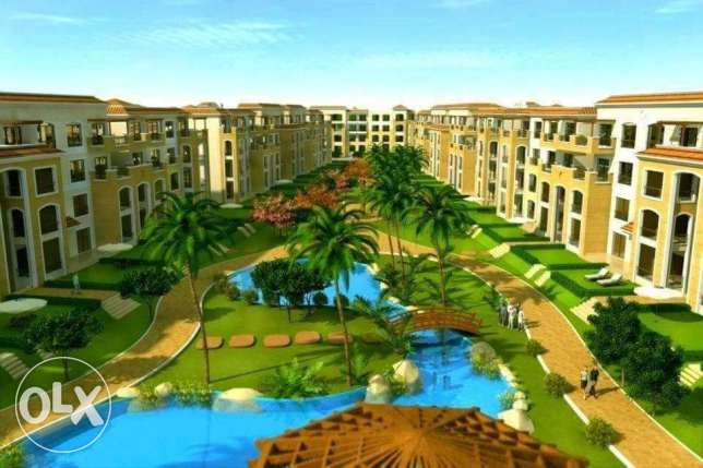 chance to own apartment at new cairo at new compound 220 mtr التجمع الخامس -  1