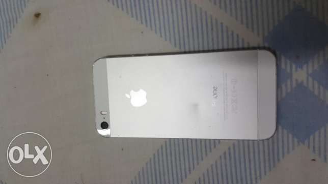 IPhone 5s 16 Giga silver looked