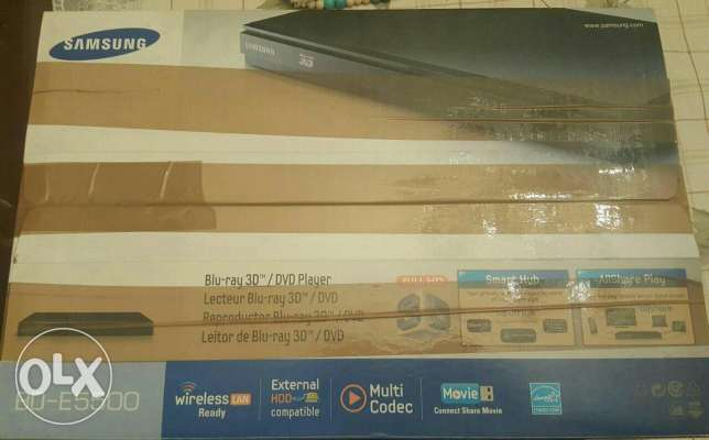 Samsung smart 3d full hd blu-ray dvd player