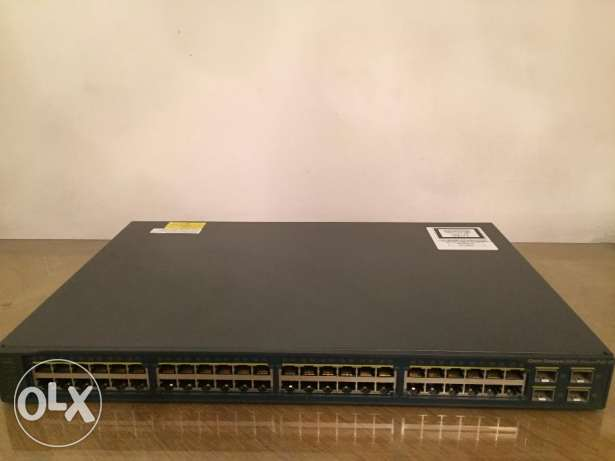 Cisco Catalyst 3560V2-48PS Switch