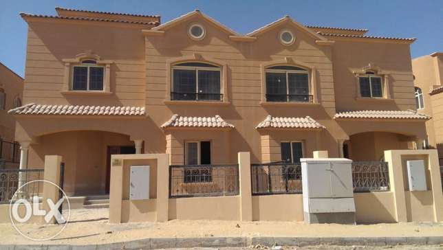 Twin villa in October Princess compound facing AlFutaim Mall of Egypt 6 أكتوبر -  4