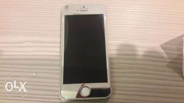 Iphone 5s perfect condition النزهة -  6