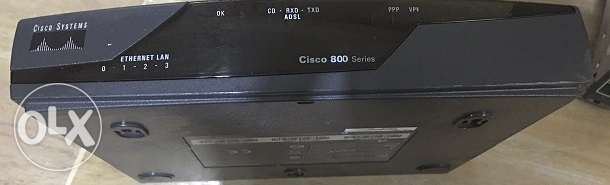 Cisco 877 Integrated Services Router