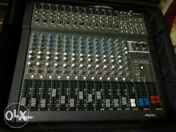 Mixer 16 channel. .. used just 1 week الغردقة -  1