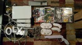 Wii for sale with 6 controllers and 5 games