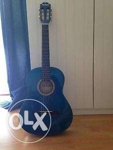 suzuki classic guitar used for one month only يوسف الصديق -  1