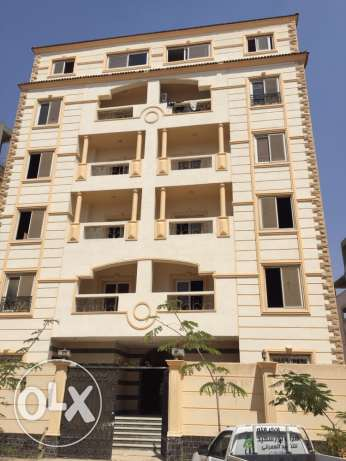 for rent 5th Settelment Auc and elzhor club area