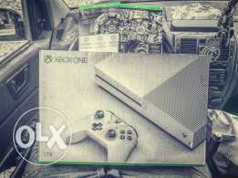 Xbox One s 1TB new & sealed