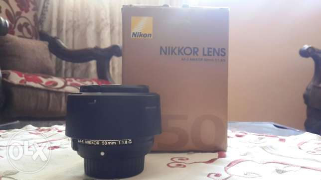 Nikon 50mm G 1.8 .. For sale light use