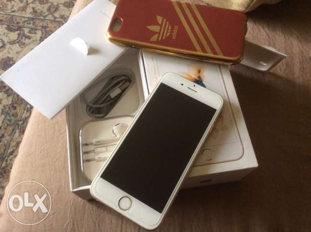 I phone 6s gold , 16 GB with box
