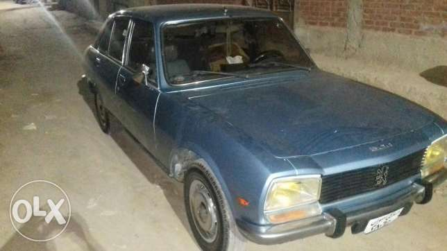 Peugeot for sale بيجو 504 موديل 1980