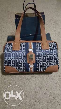 Tommy bag available now Orginalll hurry up and ask for it