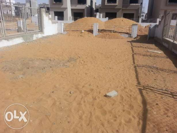 In compound pk2 - standalone 300m prime location التجمع الخامس -  4