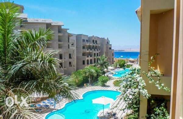 Apartment in Sahl Hasheesh,Resort 5* with sw. pool and beach,108m, 2br