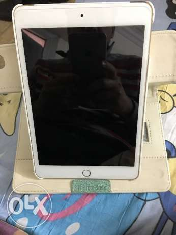 iPad Mini 4 16 GB Wi-Fi 4G. Gold, Excellent Condition مدينة نصر -  3