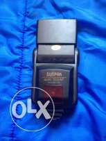 SUNPAK 035M 35mm Electronic Thyristor Auto Flash with 35-85mm Zoom