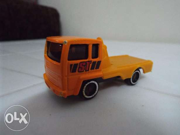 car scale die cast size 1/64