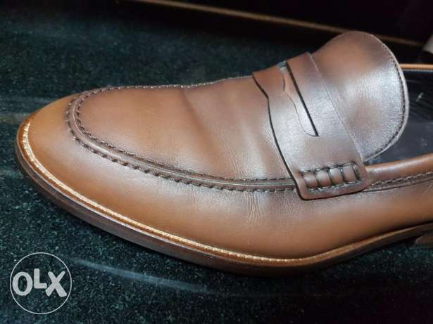 Massimo Dutti New shoes size 43 fits 41-42 as it's a slim model