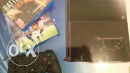 Ps4 500 GB +2Games + PSN plus subscription
