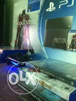 PS4 500GB with box and 7 games CD