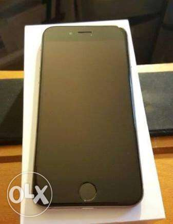 I phone 6 space gray 128 g very good condition like new