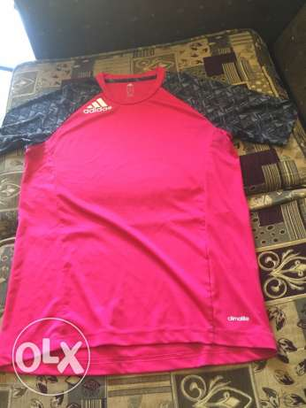 original sports addidas pink tshirt (size: Small-Medium)