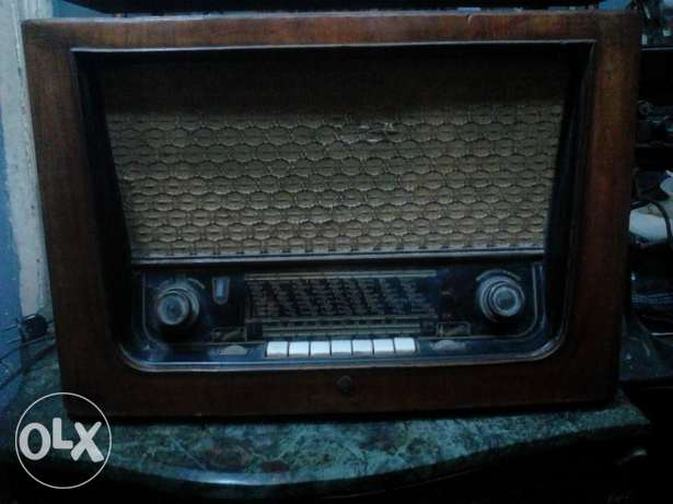 an ancient radio