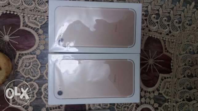 iPhone 7 Gold 128 GB الوايلي -  1