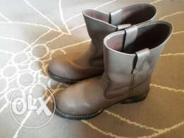 Safety shoes (worx ) for heavy duty size 42