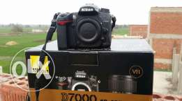 Nikon d7000 . Shutter 11k only. Like new. With werrenty