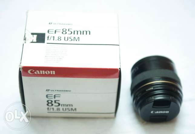 Lens canon 85mm f1.8 Like New