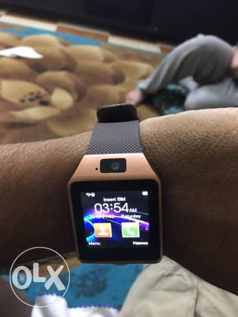 smart watch works with android and iOS Iphone