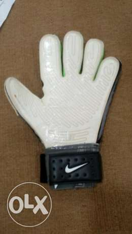 goalkeeper gloves \ جونتي حارس مرمي الدقى  -  2