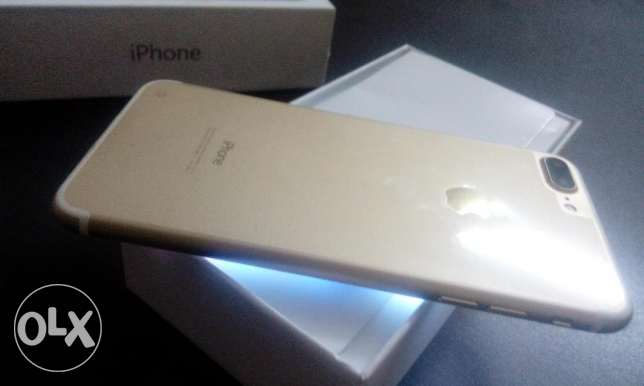 iPhone 7 new for sale first high copy بــ 2650 ج 6 أكتوبر -  2