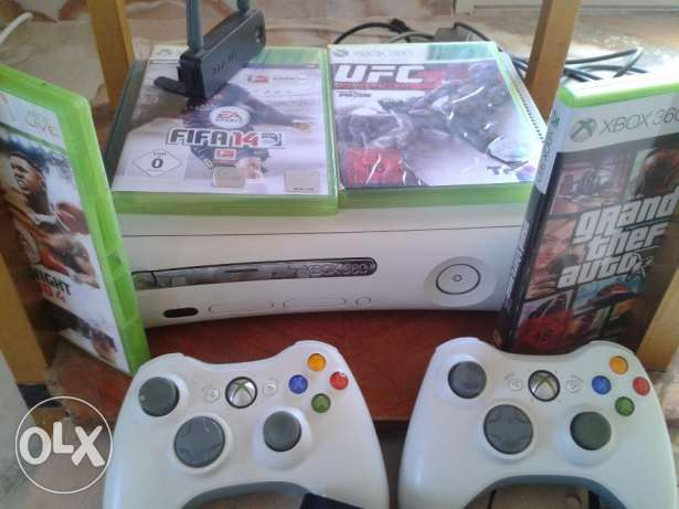 Xbox 360 live(online) From Germany with 4 original gamesوارد الماني مدينة الشروق -  2