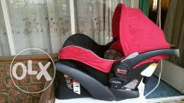 Britax stroller and car seat in extremely good condition