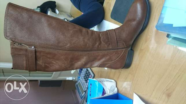 New authenticated leather Naturalizer boots brown