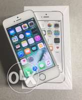 iphone 5s. 16GB silver