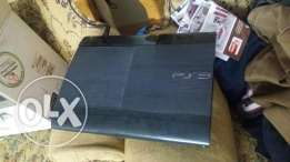 PlayStation 3 500giga very good condition with 2 controller